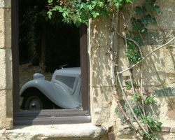 Roulez en Fête - Chartres-de-Bretagne - Citröen Traction 1953